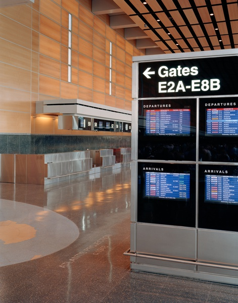 Project image 3 for Terminal E Signage, Logan International Airport