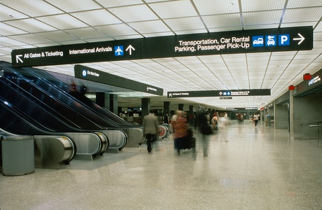 Project image 2 for Signage, Washington Dulles International Airport